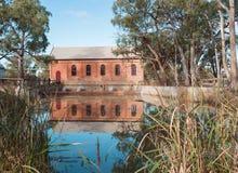 Reflexão da estação de bombeamento, curvatura da psique, Austrália Imagem de Stock