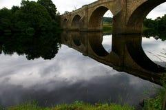 Reflexão da ponte Fotografia de Stock