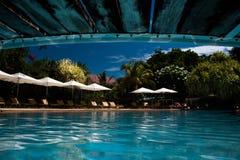 Reflexão da ponte da piscina Fotografia de Stock Royalty Free