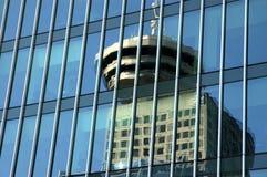 Reflexão da torre de observação em Vancôver Imagens de Stock