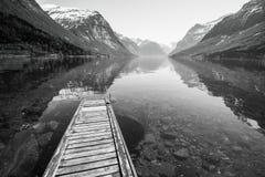 Reflexão das montanhas Fotos de Stock Royalty Free