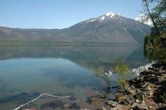 Reflexão das montanhas na água Imagem de Stock Royalty Free