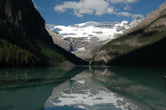 Reflexão de Lake Louise Fotografia de Stock Royalty Free