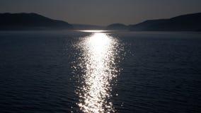 Reflexão de luz no St Lawrence River Canada fotografia de stock