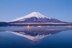 Monte Fuji na manhã imagem de stock