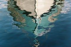 Reflexão do barco Imagem de Stock