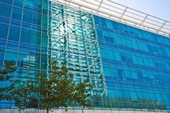 Reflexão do edifício Fotos de Stock Royalty Free