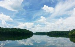 Reflexão do lago Imagens de Stock
