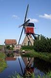 Reflexão do moinho de vento Fotos de Stock Royalty Free