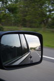 Reflexão em um espelho de carro Foto de Stock