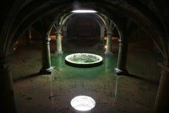 Reflexão irreal dos vaults no wa Foto de Stock Royalty Free
