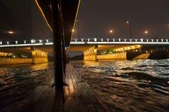 Reflexão no Suzhou River fotografia de stock