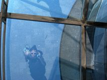 Reflexão no vidro azul Imagem de Stock Royalty Free