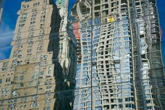 Reflexões 2 da cidade Fotografia de Stock Royalty Free