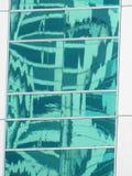 Reflexões abstratas das construções foto de stock