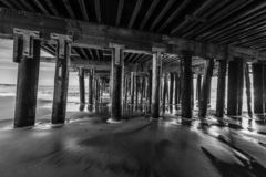 Reflexões ao longo de Santa Cruz Beach Boardwalk imagem de stock