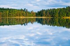 Reflexões da água de Sweden Imagens de Stock Royalty Free