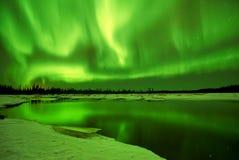 Reflexões da Aurora imagens de stock