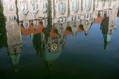 Reflexões da câmara municipal Fotografia de Stock