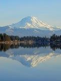 Reflexões da montanha Imagens de Stock