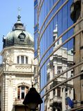 Reflexões de Belgrado - velhas e novas fotografia de stock royalty free