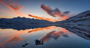Reflexões de Hamarsfjordur Fotos de Stock