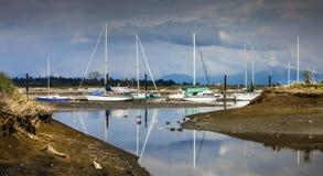 Reflexões do barco Fotos de Stock Royalty Free