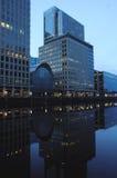 Reflexões em Canary Wharf, Londres Fotografia de Stock Royalty Free