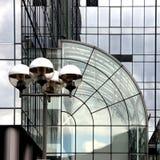 Reflexões na arquitetura de aço e de vidro Imagem de Stock