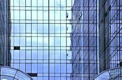 Reflexões na arquitetura de aço e de vidro Fotos de Stock