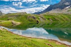 Reflexões no lago Fotos de Stock