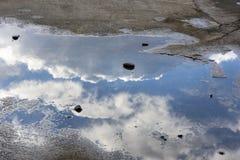 Reflexões no mar Foto de Stock