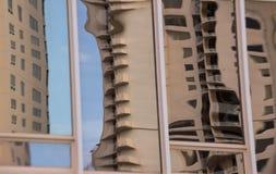 Reflexión abstracta del edificio Imágenes de archivo libres de regalías