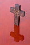 Reflexión cruzada de madera imagen de archivo libre de regalías