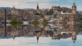 Reflexión de Edimburgo en ciudad vieja almacen de video