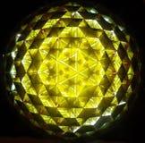 Reflexión de espejo dentro de la prisma del triángulo Fotografía de archivo