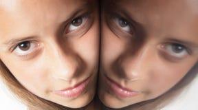 Reflexión de la cara imágenes de archivo libres de regalías