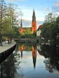 Reflexión de la catedral de Uppsala Fotografía de archivo