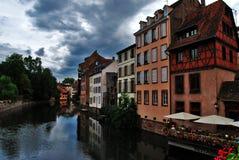 Reflexión de la ciudad Fotografía de archivo libre de regalías