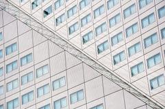 Reflexión de la fachada del edificio de Willems Wert el 10 de mayo de 2015 Fotografía de archivo libre de regalías