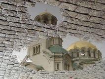 Reflexión de la iglesia Imágenes de archivo libres de regalías