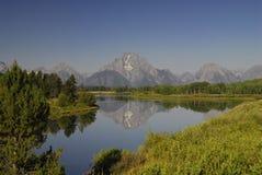 Reflexión de la montaña Imagen de archivo