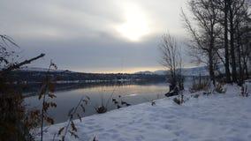 Reflexión de Sun sobre el río Columbia Fotografía de archivo libre de regalías