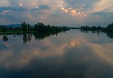Reflexión de Vah del río Foto de archivo