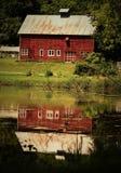 Reflexión del granero Imagen de archivo libre de regalías