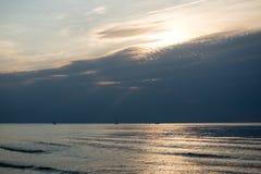 Reflexión del sol en el mar Imagen de archivo