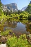 Reflexión en el lago Fotos de archivo