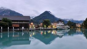 Reflexión en el río de Interlaken imagen de archivo libre de regalías