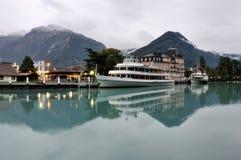 Reflexión en el río de Interlaken Foto de archivo libre de regalías