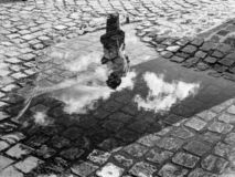 Reflexión peatonal en Tihany imagen de archivo libre de regalías